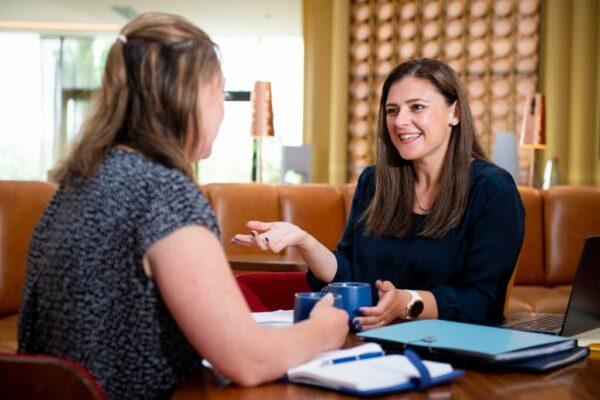 Bonnie with a client